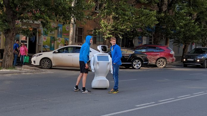 Russian robot blocking traffic
