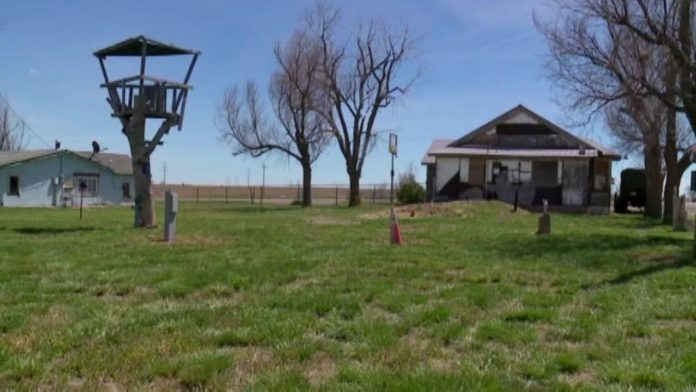 Now You Can Buy 'Ghost Town' On Craigslist for $350K
