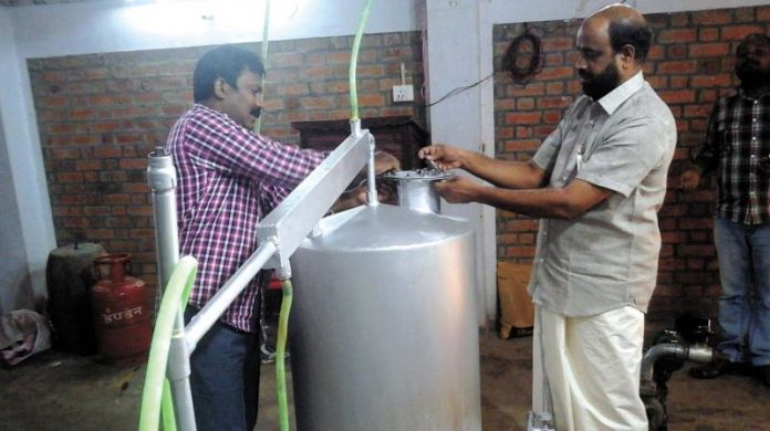 Indian man invented prototype of the pyrolysis plant that converts plastic to petrol