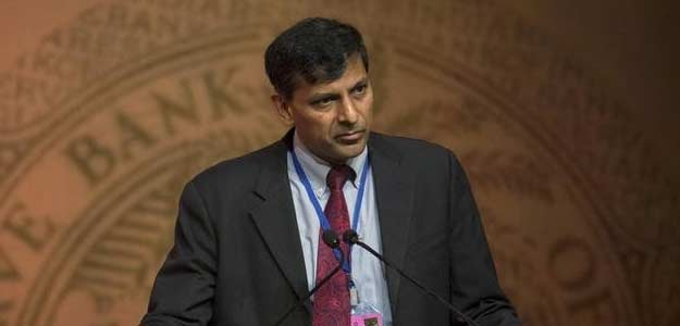 RBI governor said CIBIL will Provide One Free Year Credit Report
