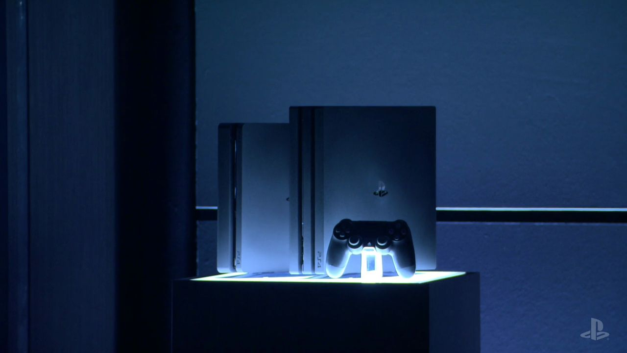 Pictures of the PS4 Pro and the New Slimmer PS4