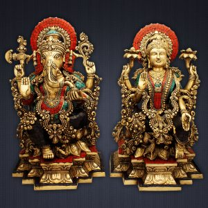 Idols of ganesh and lakshmi