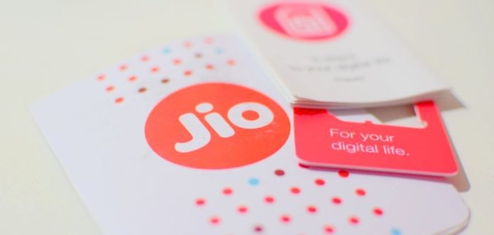 Reliance Jio Starts Home Delivery of 4G SIMs