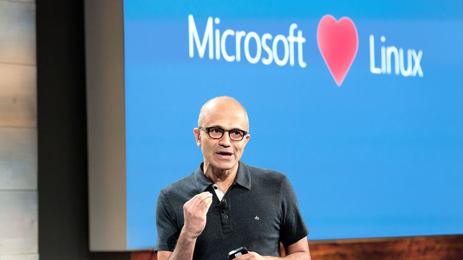 Microsoft Joins as Platinum Member in Linux Foundation
