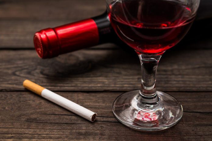 Drinking Red wine can decrease the short term effects of cigarette smoking