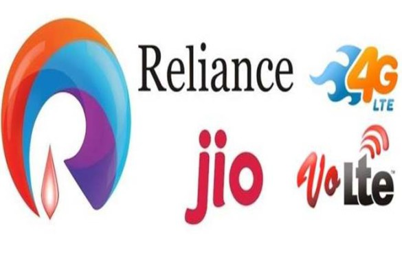 Reliance Jio To Launch Android Feature Phone