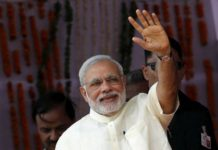 modi gifts construction workers