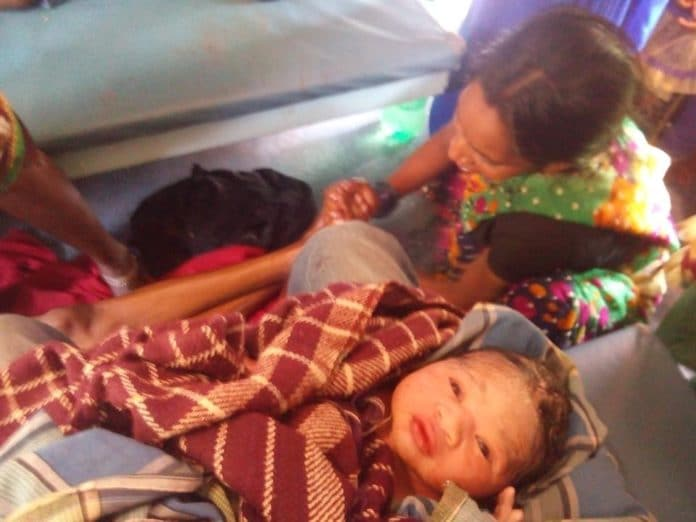 MBBS Student Helped Women to Deliver a Baby in the Train