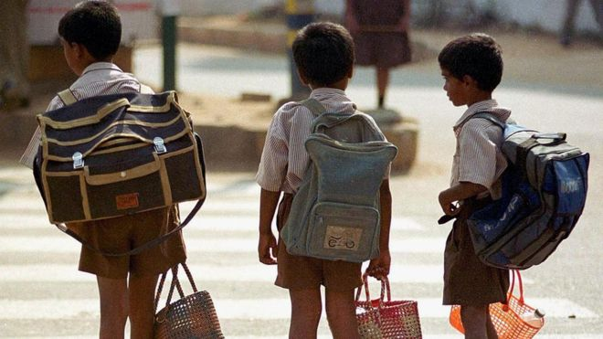 Students No Need to Carry Loaded Bags to Schools