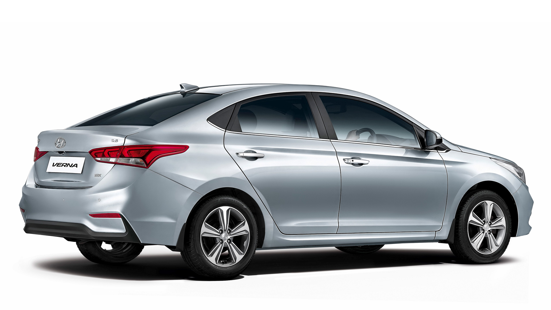 Hyundai Verna 2017 Launched Know Features Engine Specifications